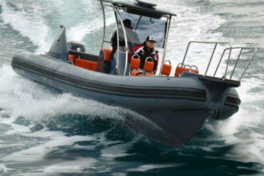 שייט על סירת טורנדו באילת