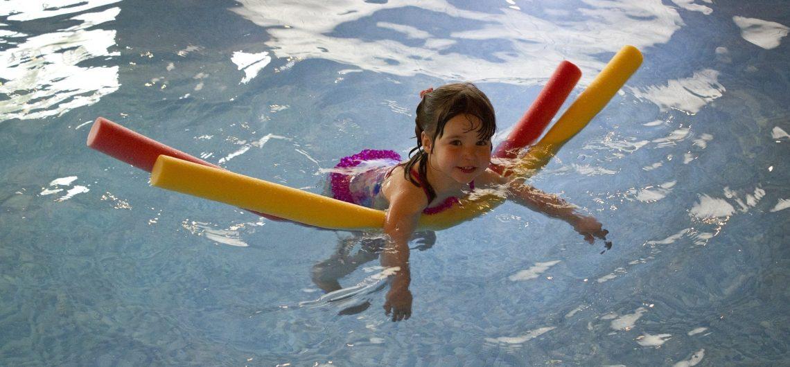 מה לעשות באילת עם ילדים במים